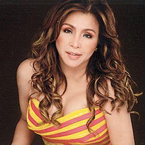 Claire Dela Fuente