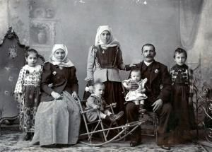 Megleno-Romanian Folk