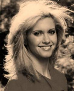 20080106114801OLIVIA NEWTON JOHN WITH BIG HAIR.jpg