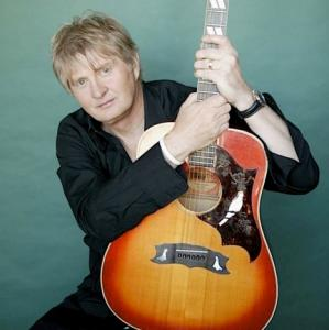 Tom-Cochrane.jpg