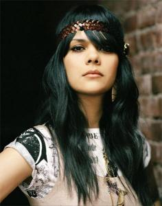 bat-for-lashes-02.jpg
