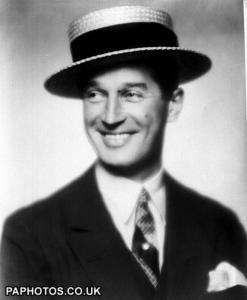 Paroles de <b>Maurice Chevalier</b> - maurice-chevalier-1930