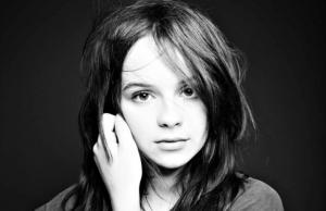 music_gabrielle_aplin_press_2.jpg