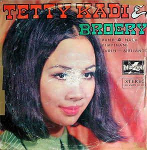 Tetty Kadi